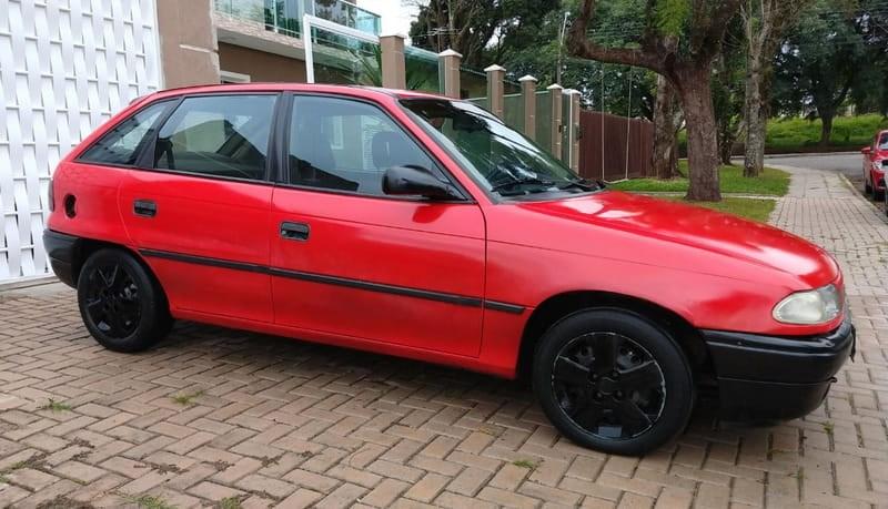 //www.autoline.com.br/carro/chevrolet/astra-20-hatch-gls-8v-gasolina-4p-manual/1995/curitiba-pr/14916903