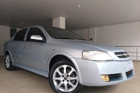 //www.autoline.com.br/carro/chevrolet/astra-20-sedan-advantage-8v-flex-4p-manual/2011/contagem-mg/15130313