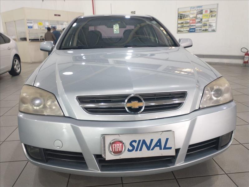 //www.autoline.com.br/carro/chevrolet/astra-20-hatch-advantage-8v-flex-4p-manual/2010/sao-paulo-sp/15657728
