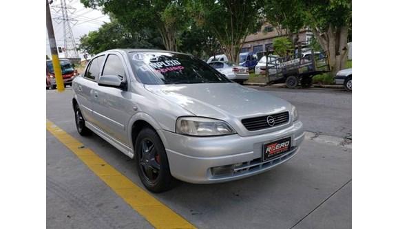//www.autoline.com.br/carro/chevrolet/astra-20-expression-8v-sedan-gasolina-4p-manual/2002/sao-paulo-sp/7908158