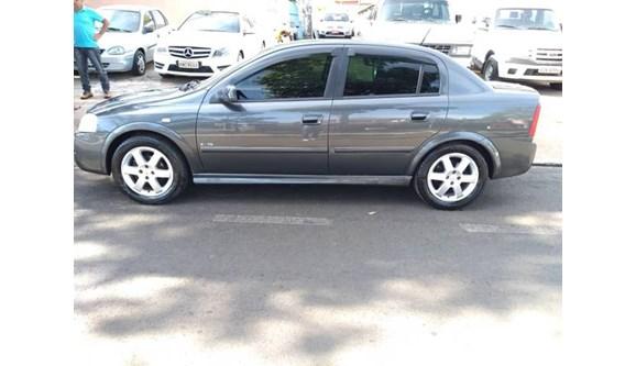//www.autoline.com.br/carro/chevrolet/astra-20-elite-8v-flex-4p-manual/2005/ilha-solteira-sp/8559941