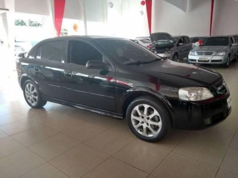 //www.autoline.com.br/carro/chevrolet/astra-20-advantage-8v-flex-4p-manual/2011/cascavel-pr/9315384