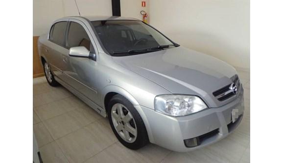 //www.autoline.com.br/carro/chevrolet/astra-20-elite-8v-sedan-flex-4p-manual/2005/aracatuba-sp/9709098