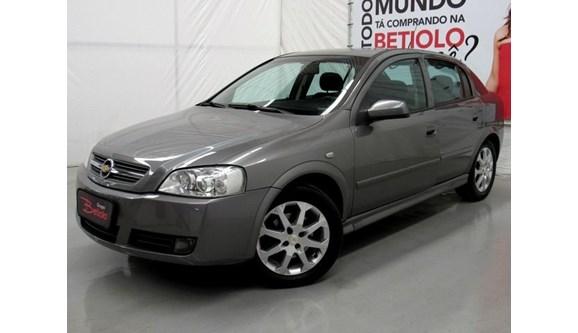 //www.autoline.com.br/carro/chevrolet/astra-20-advantage-8v-flex-4p-manual/2011/caxias-do-sul-rs/6713809