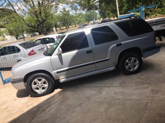 //www.autoline.com.br/carro/chevrolet/blazer-24-advantage-8v-flex-4p-manual/2010/santiago-rs/11017671
