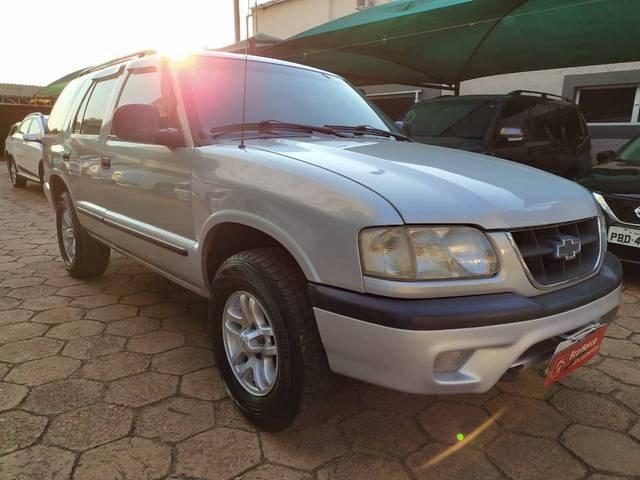 //www.autoline.com.br/carro/chevrolet/blazer-25-dlx-turbo-8v-diesel-4p-4x4-manual/1999/unai-mg/12861542