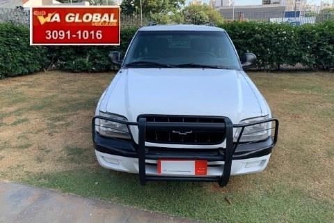 //www.autoline.com.br/carro/chevrolet/blazer-28-colina-12v-diesel-4p-4x4-turbo-manual/2005/goiania-go/14794626