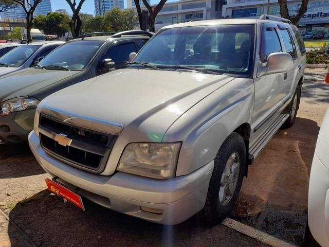//www.autoline.com.br/carro/chevrolet/blazer-28-dlx-turbo-12v-diesel-4p-manual/2002/brasilia-df/14992726