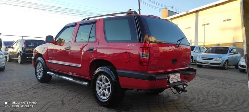 //www.autoline.com.br/carro/chevrolet/blazer-28-dlx-turbo-8v-diesel-4p-4x4-manual/2001/viamao-rs/15544525