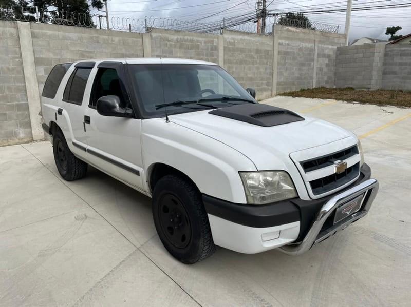 //www.autoline.com.br/carro/chevrolet/blazer-24-advantage-8v-flex-4p-manual/2011/curitiba-pr/15653981