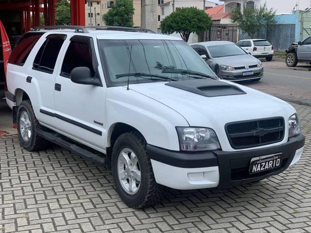 //www.autoline.com.br/carro/chevrolet/blazer-24-advantage-8v-gasolina-4p-manual/2006/curitiba-pr/15655056