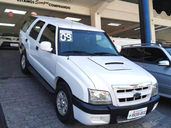 //www.autoline.com.br/carro/chevrolet/blazer-24-colina-8v-flex-4p-manual/2009/sao-paulo-sp/15725228