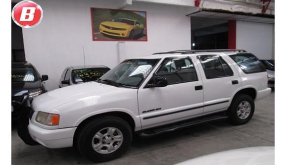 //www.autoline.com.br/carro/chevrolet/blazer-22-efi-8v-gasolina-4p-manual/1997/alvorada-rs/6930906