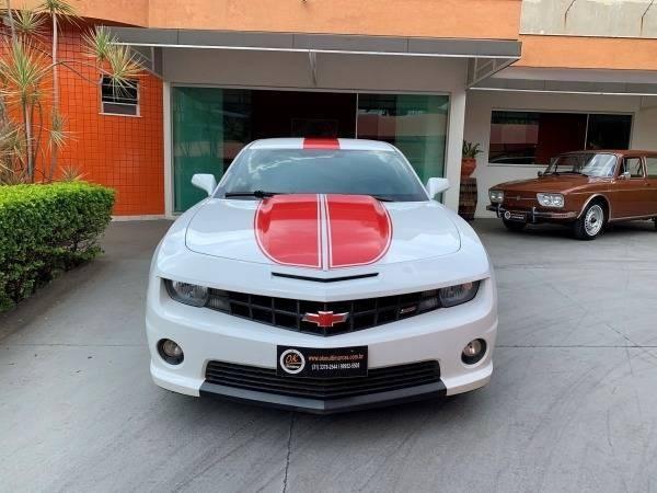 //www.autoline.com.br/carro/chevrolet/camaro-62-coupe-16v-gasolina-2p-automatico/2012/belo-horizonte-mg/14321107