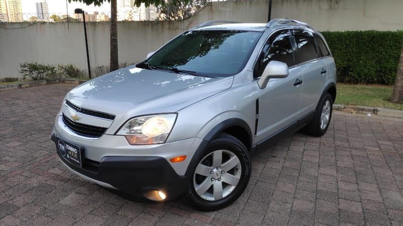 //www.autoline.com.br/carro/chevrolet/captiva-24-sport-16v-gasolina-4p-automatico/2009/sao-jose-dos-campos-sp/11891430