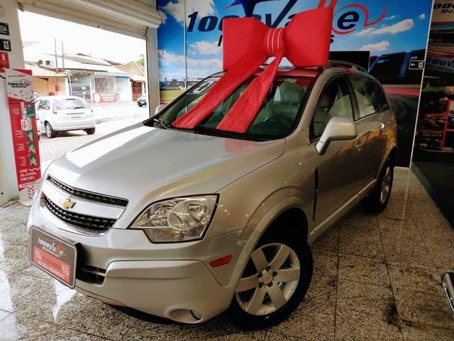 //www.autoline.com.br/carro/chevrolet/captiva-24-sport-16v-gasolina-4p-automatico/2010/sao-jose-dos-campos-sp/12880485