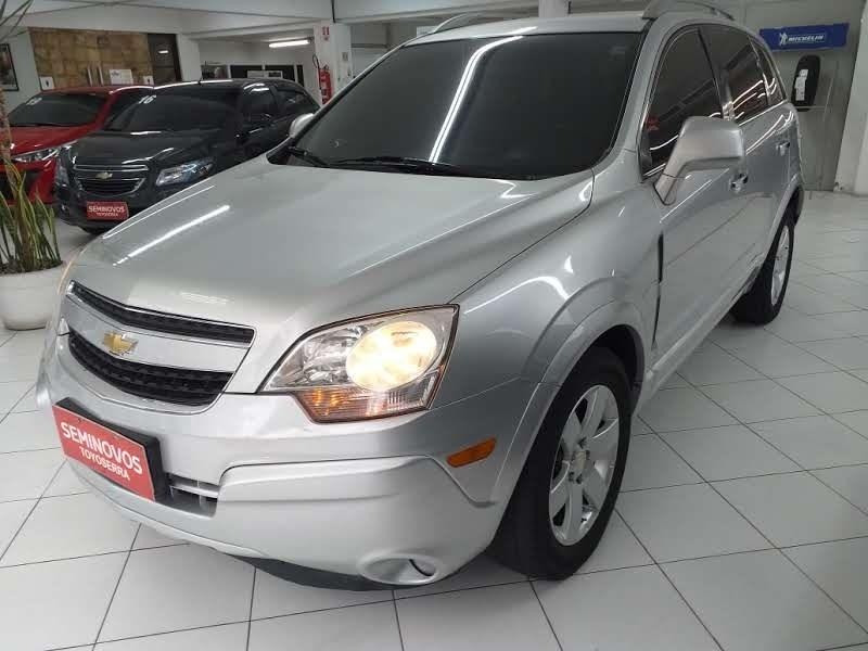 //www.autoline.com.br/carro/chevrolet/captiva-24-sport-16v-gasolina-4p-automatico/2011/nova-friburgo-rj/13078120