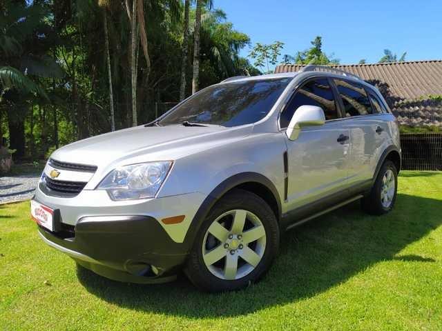 //www.autoline.com.br/carro/chevrolet/captiva-24-sport-16v-gasolina-4p-automatico/2012/blumenau-sc/13954403