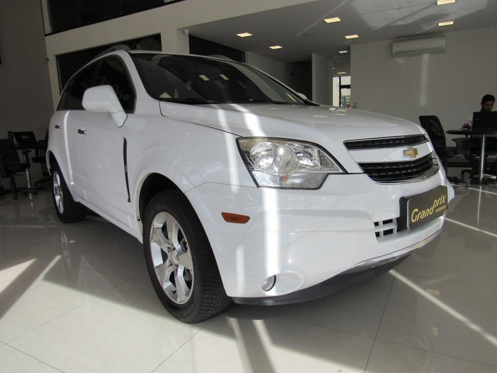 //www.autoline.com.br/carro/chevrolet/captiva-30-v6-awd-sport-24v-gasolina-4p-automatico/2013/curitiba-pr/14397407