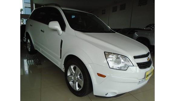 //www.autoline.com.br/carro/chevrolet/captiva-24-sport-16v-gasolina-4p-automatico/2014/tres-passos-rs/7413592