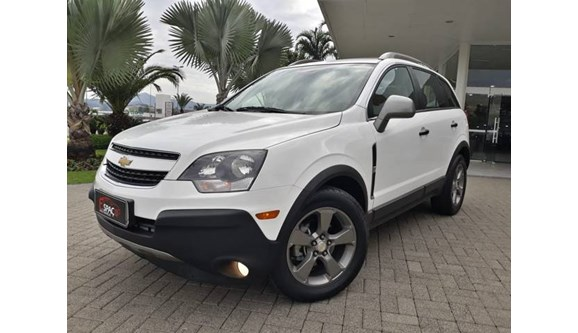 //www.autoline.com.br/carro/chevrolet/captiva-24-sport-16v-gasolina-4p-automatico/2016/blumenau-sc/8627132