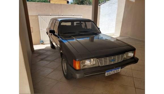 //www.autoline.com.br/carro/chevrolet/caravan-25-comodoro-8v-alcool-2p-manual/1990/barra-mansa-rj/8280389