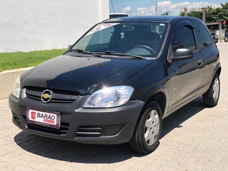 //www.autoline.com.br/carro/chevrolet/celta-10-life-8v-flex-2p-manual/2009/jacarei-sp/10305154