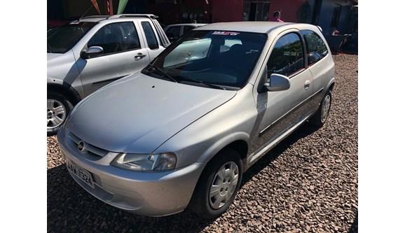 //www.autoline.com.br/carro/chevrolet/celta-10-8v-gasolina-2p-manual/2002/cafelandia-pr/10323645