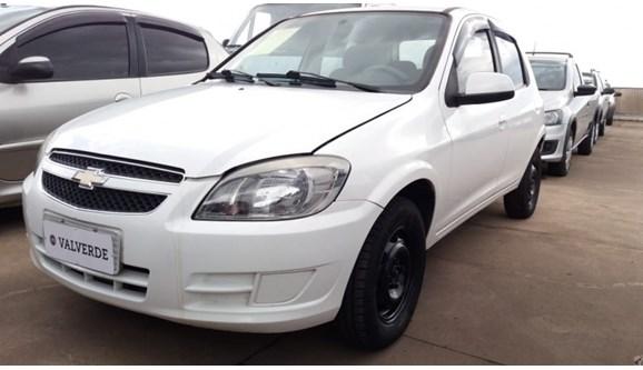 //www.autoline.com.br/carro/chevrolet/celta-10-lt-8v-flex-4p-manual/2014/campinas-sp/10815199