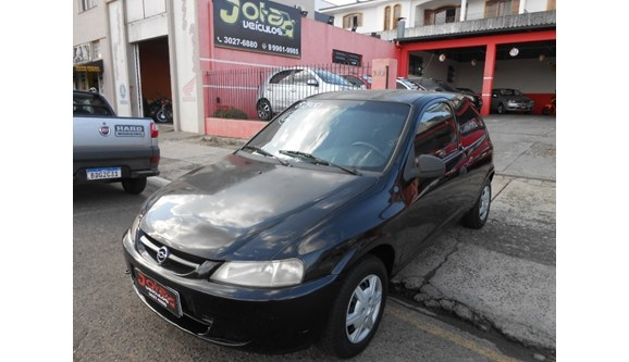 //www.autoline.com.br/carro/chevrolet/celta-10-8v-gasolina-2p-manual/2003/ponta-grossa-pr/10971547