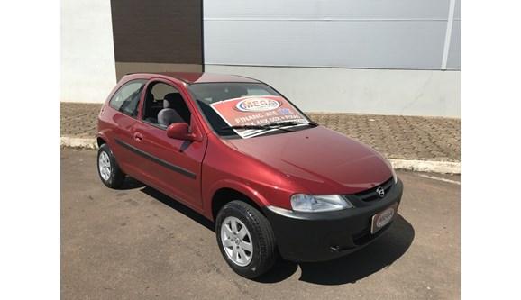 //www.autoline.com.br/carro/chevrolet/celta-10-l-8v-gasolina-2p-manual/2001/cascavel-pr/10986557