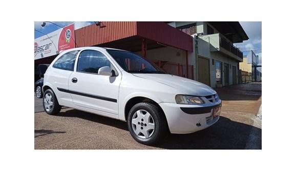 //www.autoline.com.br/carro/chevrolet/celta-10-8v-gasolina-2p-manual/2003/cascavel-pr/11328554