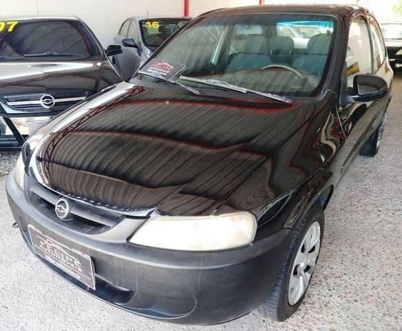 //www.autoline.com.br/carro/chevrolet/celta-10-l-8v-gasolina-2p-manual/2002/louveira-sp/12783196