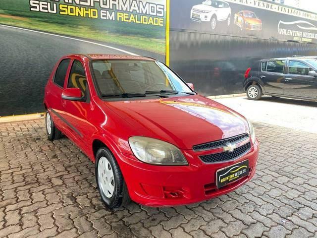 //www.autoline.com.br/carro/chevrolet/celta-10-lt-8v-flex-4p-manual/2013/brasilia-df/12823529