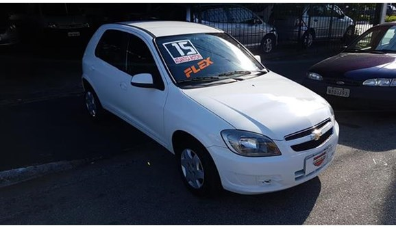 //www.autoline.com.br/carro/chevrolet/celta-10-lt-8v-flex-4p-manual/2015/sao-paulo-sp/12886552