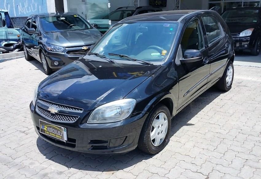 //www.autoline.com.br/carro/chevrolet/celta-10-lt-8v-flex-4p-manual/2012/campinas-sp/12906891
