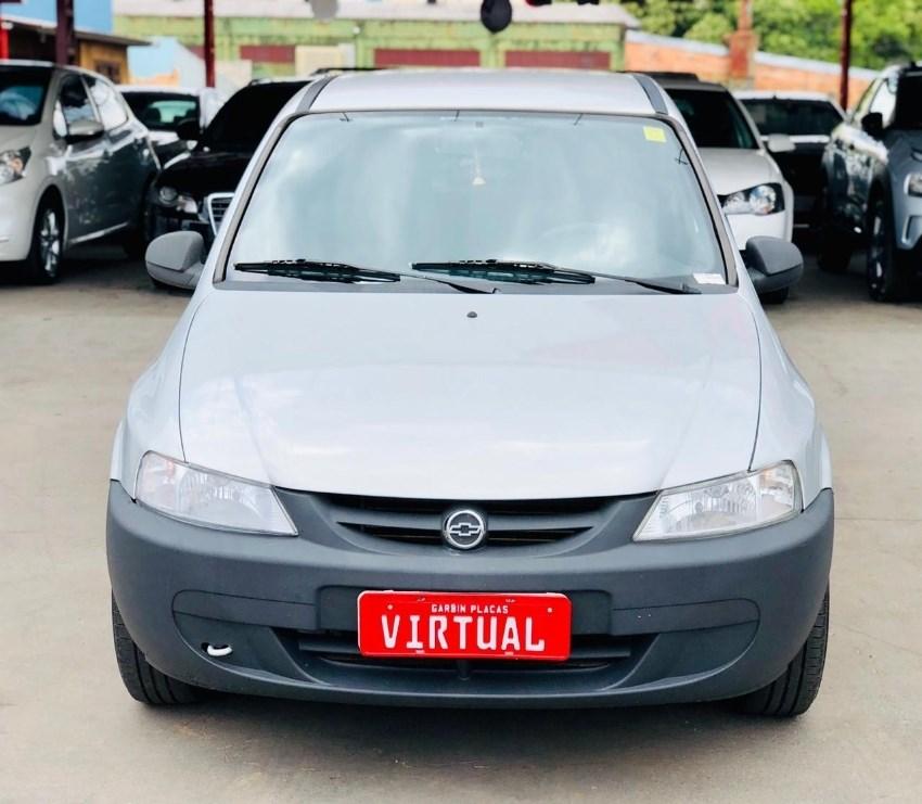 //www.autoline.com.br/carro/chevrolet/celta-10-8v-gasolina-2p-manual/2002/chapeco-sc/12921668