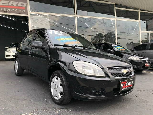 //www.autoline.com.br/carro/chevrolet/celta-10-lt-8v-flex-4p-manual/2014/sao-paulo-sp/12925578