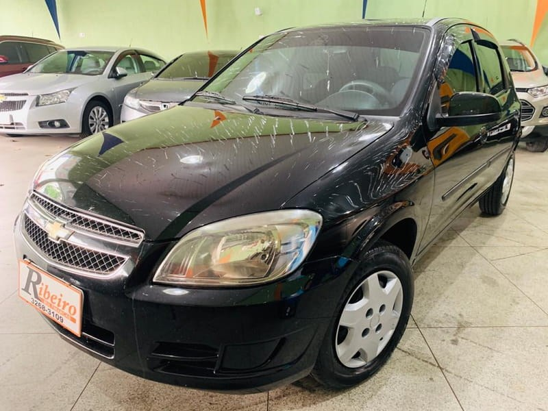 //www.autoline.com.br/carro/chevrolet/celta-10-lt-8v-flex-4p-manual/2013/campinas-sp/13016100