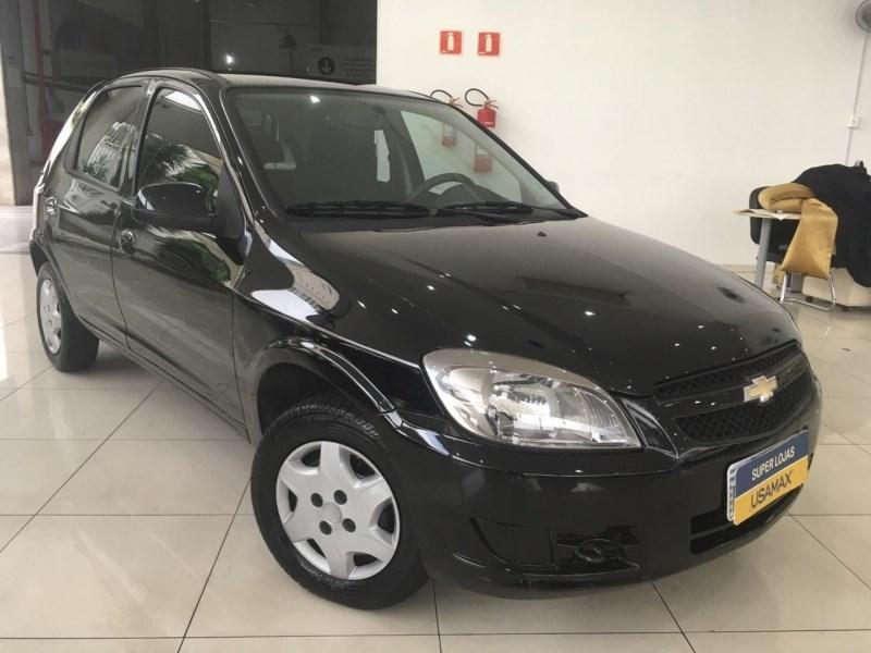 //www.autoline.com.br/carro/chevrolet/celta-10-lt-8v-flex-4p-manual/2013/sao-paulo-sp/13071206