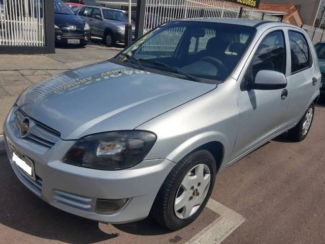 //www.autoline.com.br/carro/chevrolet/celta-10-spirit-8v-flex-4p-manual/2011/araucaria-pr/13115227