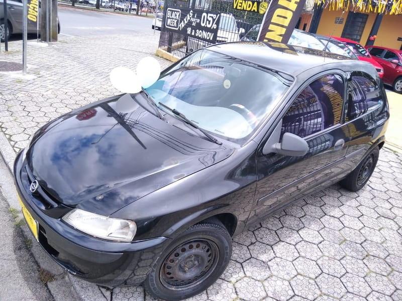 //www.autoline.com.br/carro/chevrolet/celta-10-l-8v-gasolina-2p-manual/2001/curitiba-pr/13373231