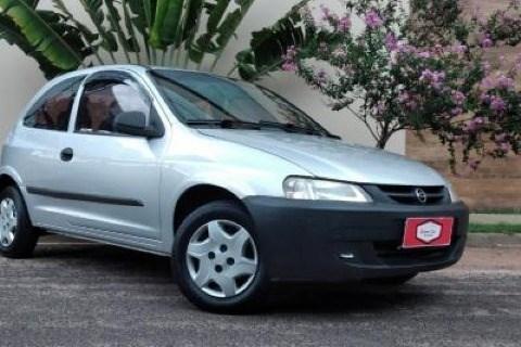 //www.autoline.com.br/carro/chevrolet/celta-10-8v-gasolina-2p-manual/2003/assis-sp/13432999