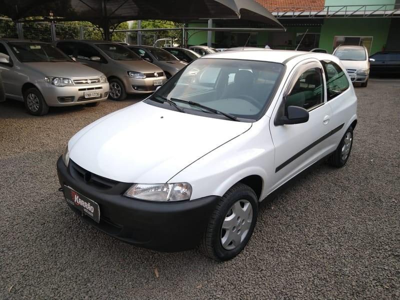 //www.autoline.com.br/carro/chevrolet/celta-10-l-8v-gasolina-2p-manual/2001/bebedouro-sp/13439988