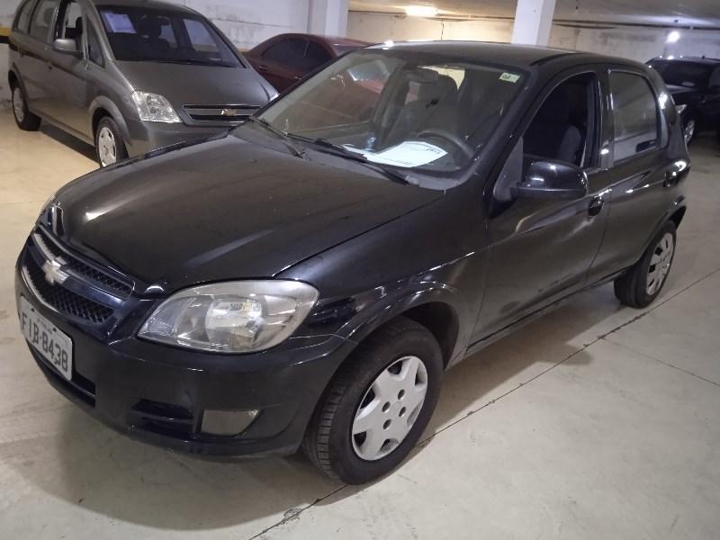 //www.autoline.com.br/carro/chevrolet/celta-10-lt-8v-flex-4p-manual/2013/campinas-sp/13642737