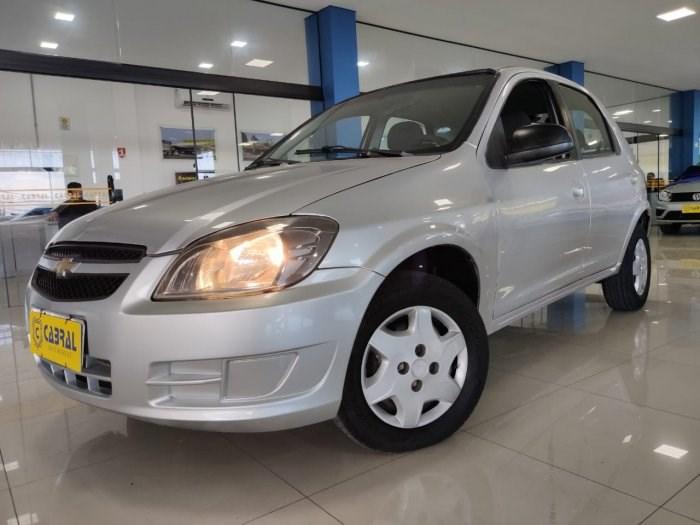 //www.autoline.com.br/carro/chevrolet/celta-10-lt-8v-flex-4p-manual/2015/sorocaba-sp/13682750
