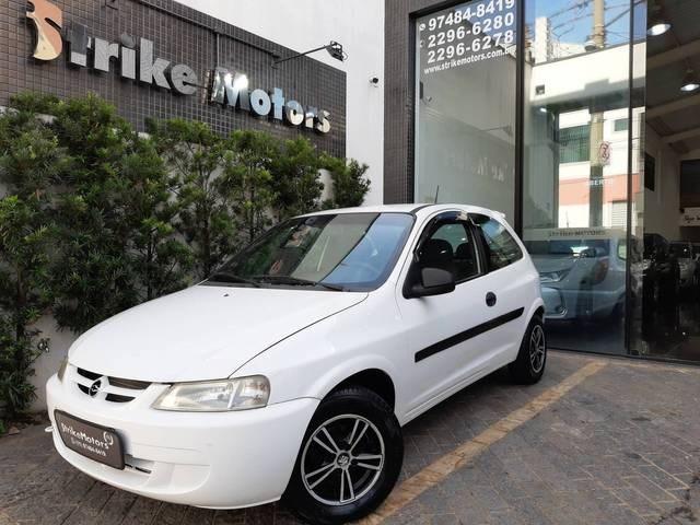 //www.autoline.com.br/carro/chevrolet/celta-10-8v-gasolina-2p-manual/2003/sao-paulo-sp/13722235