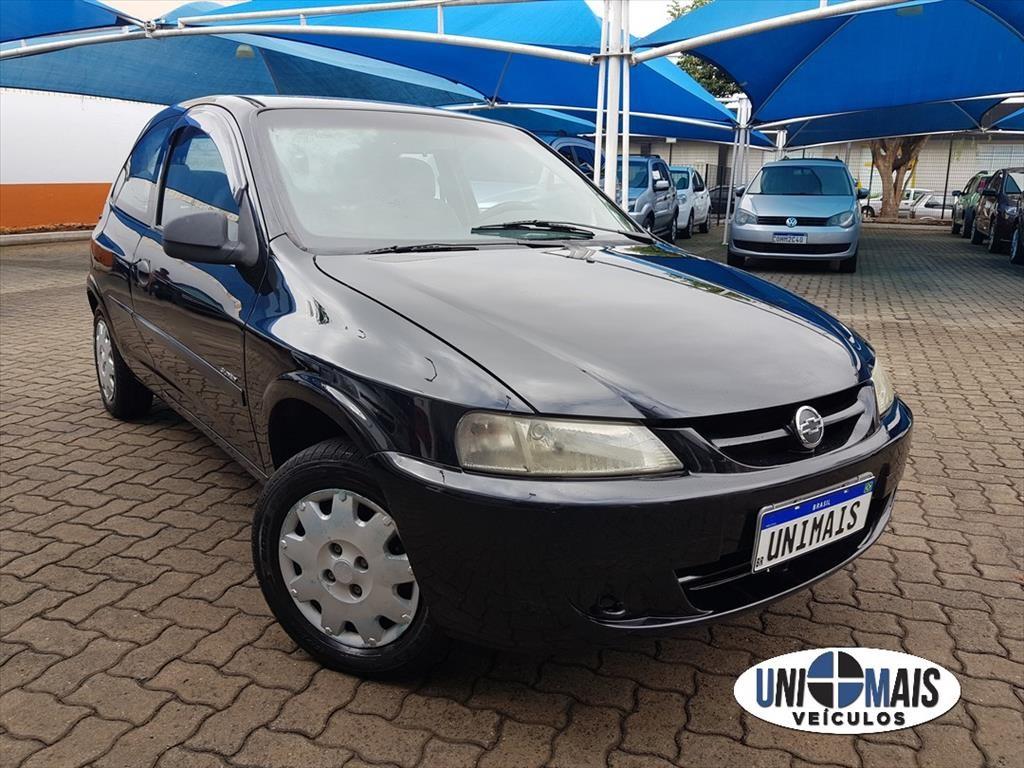 //www.autoline.com.br/carro/chevrolet/celta-10-8v-gasolina-2p-manual/2004/campinas-sp/13881443