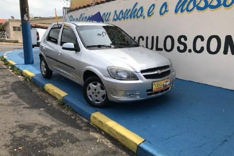 //www.autoline.com.br/carro/chevrolet/celta-10-lt-8v-flex-4p-manual/2013/campinas-sp/14001252