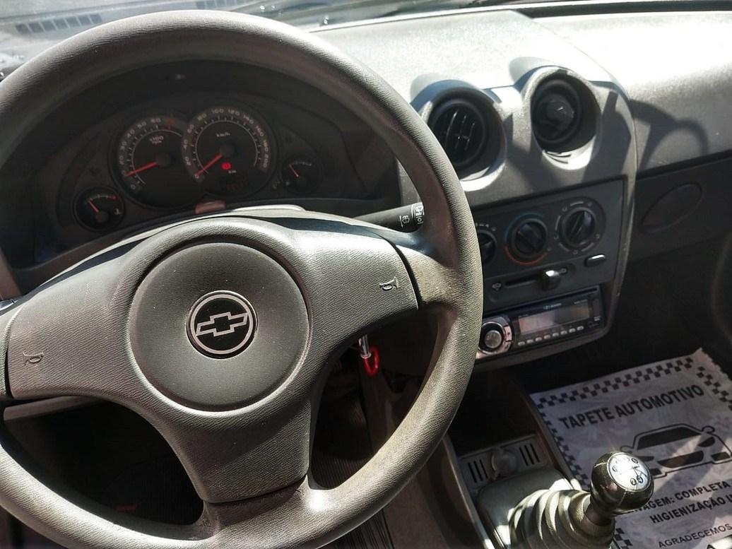 //www.autoline.com.br/carro/chevrolet/celta-10-life-8v-flex-4p-manual/2008/sao-paulo-sp/14033836
